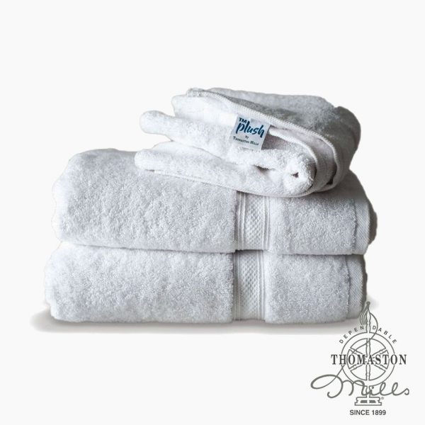 White Thomaston Mills Plush Bath Towels from Bed & Bath, Inc. | A family owned company specializing in Rollaway Folding Beds & Guest Products
